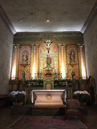 Mission San Diego de Alcala: inside