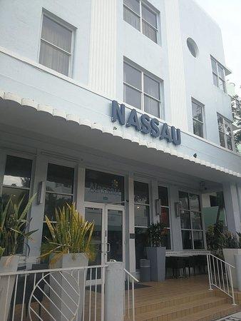Nassau Suite Hotel: IMG_20180423_152403_large.jpg