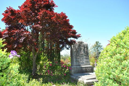 Oakland Cemetery: Pretty