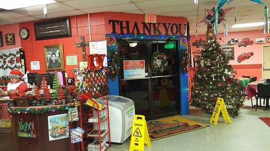 Harlingen, Teksas: Entrance/Exit