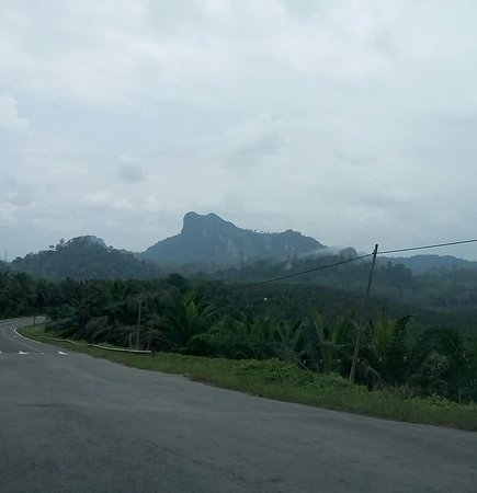 Lahad Datu, Malasia: road to the tower