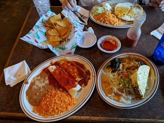 Cancun Mexican Restaurant: MVIMG_20180416_185144_large.jpg