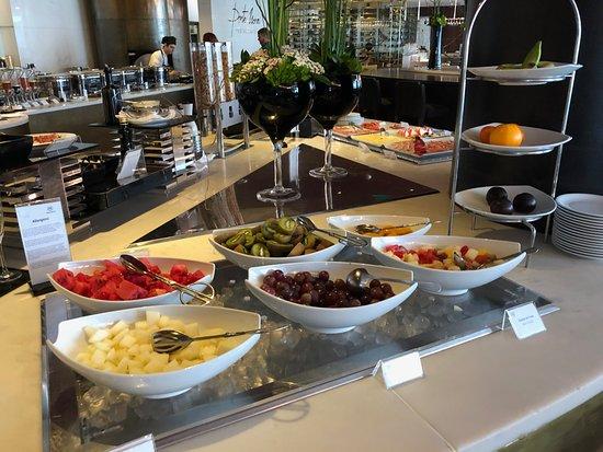 breakfast buffet picture of sheraton porto hotel spa porto rh tripadvisor com sheraton breakfast buffet gold coast sheraton breakfast buffet gold coast