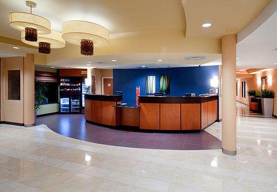 Fairfield Inn & Suites Charlotte Matthews: Lobby