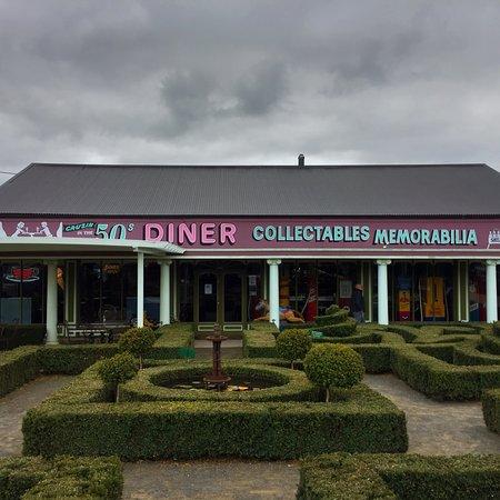 Deloraine, Australia: Cruzin' in the 50's Diner