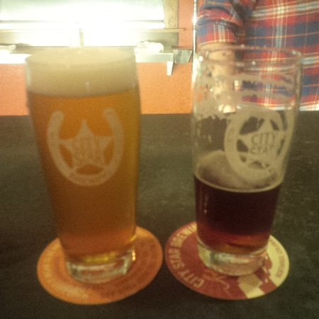 Berthoud, CO: Beers at the Bar