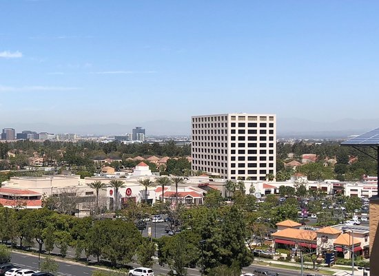 Irvine, Californië: View of University Center from UCI