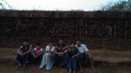 Bilin, Birma: Visiting Zoke Loke Village