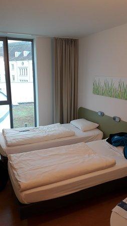 Ibis Budget Dresden City: Pokój dla dwóch osób.