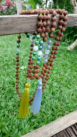 Making Mala Necklace
