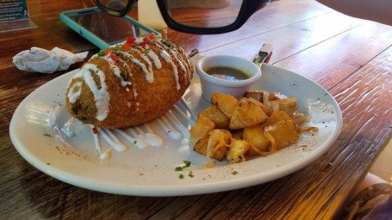 Mango Café Isla: Stuffed Poblano