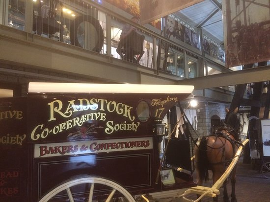 Radstock, UK: Old Co-operative bakery delivery vehicle