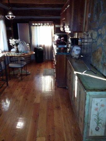 Dobson, NC: Kitchen area