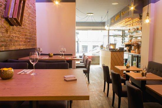 decoration intérieur - Picture of Pottok Restaurant, Brussels ...