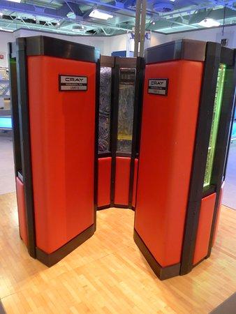 HNF MuseumsForum: supercompter Cray
