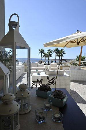 Terrazza Lounge Primo Piano Picture Of Aregai Marina Hotel
