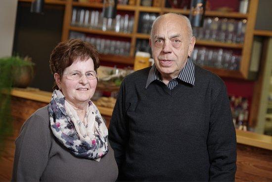 Neunburg vorm Wald, Γερμανία: Die gute Seele des Hauses & der stille Inhaber Franzika & Anton Maier