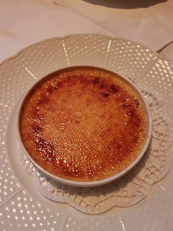 Erno's Bistro: Creme Brulee
