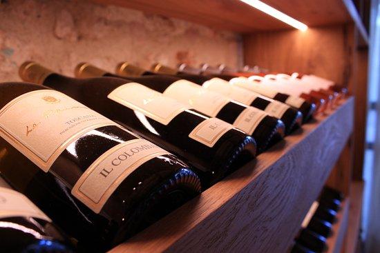 Monteriggioni, Italie : Wine Bar