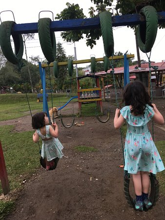 Parque La Pradera: Another playground
