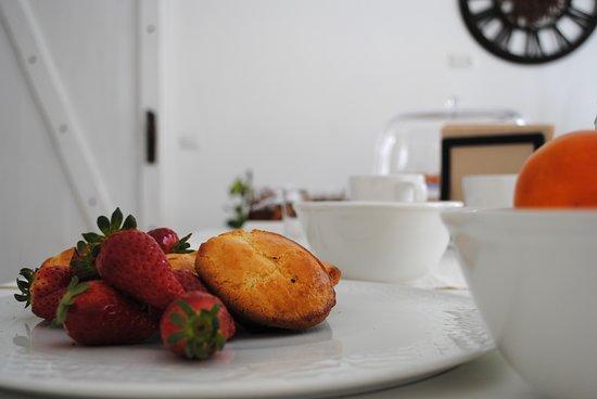 Taviano, Italie : colazione