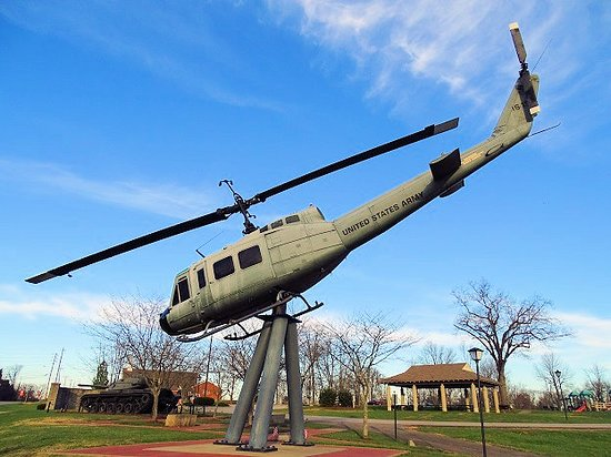 Jeffersontown, KY: huey helicopter