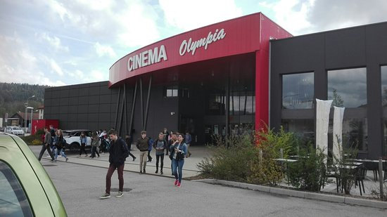 IMG_10_10_large.jpg - Picture of Cinema Olympia