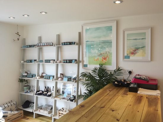 Pittenweem, UK: Our shop