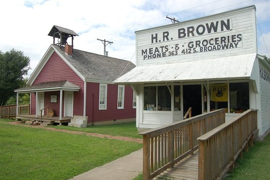 Pittsburg, KS: The grocery store and one room school house on display at the museum provide a glimpse of the pa