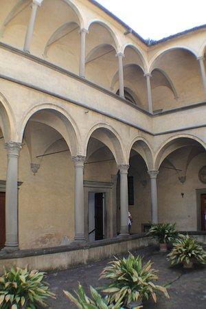 Galluzzo, Italy: doppio portico