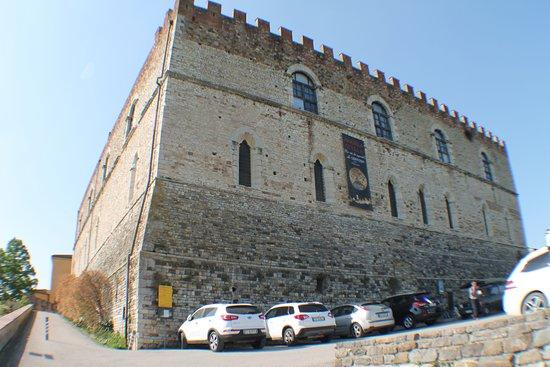 Galluzzo, Italy: il palazzo del fondatore