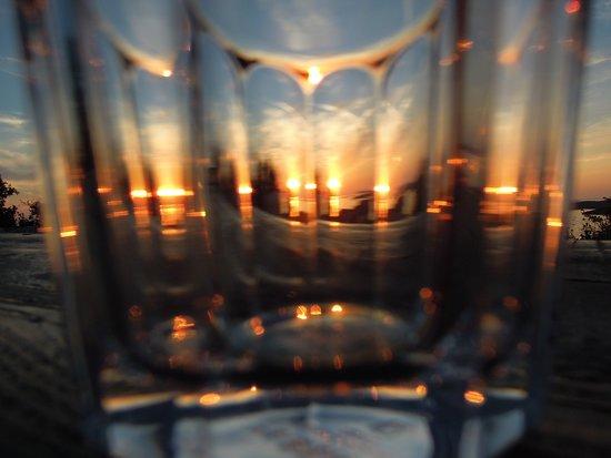 Providenca Tematski Vidikovac : Sonnenuntergang hinter Glas