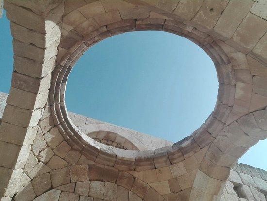 محافظة الزرقاء, الأردن: Qaser Alhalabat