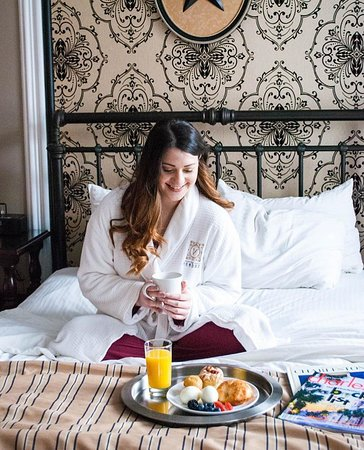 The Vendue Charleston's Art Hotel: Breakfast