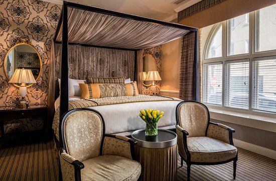The Vendue Charleston's Art Hotel Photo