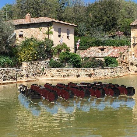 photo0.jpg - Picture of Terme Bagno Vignoni, Bagno Vignoni - TripAdvisor