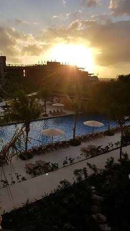 It's a breathtaking resort and we had an amazing family vacation - we would return in a heartbeat
