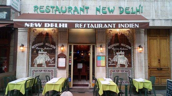 New Delhi Restaurant: Poulet Tandoori / pakora /crevettes Korma / agneau madras / NaN fromage