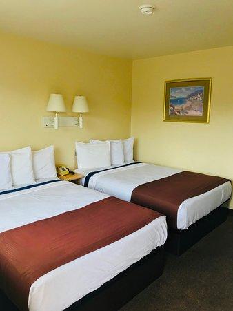 Lake City, FL: Two Beds