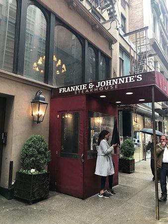 Frankie And Johnnie S Restaurant