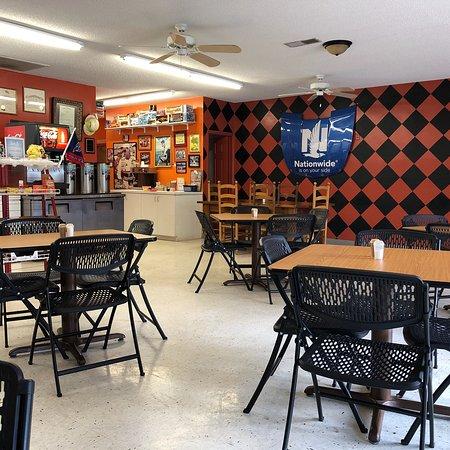 Kingsport, TN: L E Clark's Grocery & Deli