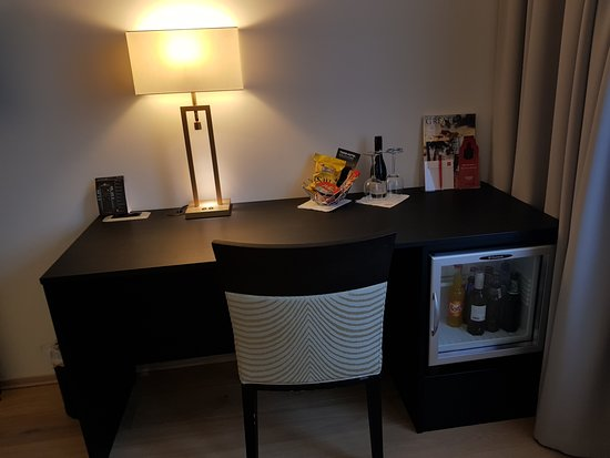 Sandvika, Norway: a desk, and a minibar