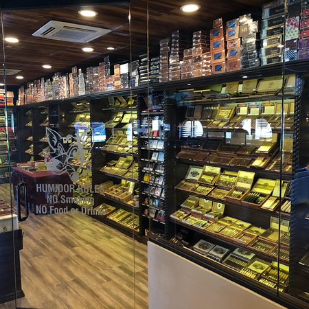 Fox Cigar Bar