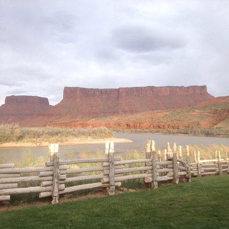 Red Cliffs Lodge: photo0.jpg