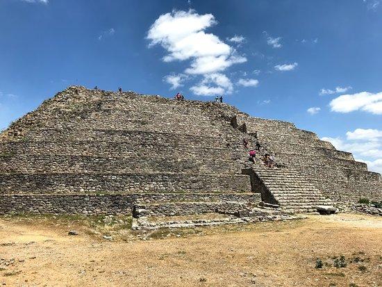 Izamal, Mexico: Pyramid