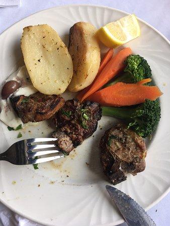 Yiannis Taverna Restaurant: excellent lambs