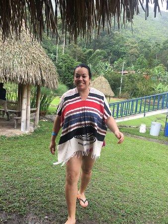 Silvania, Colombia: Es la salida del Kiosko hacia la Piscina