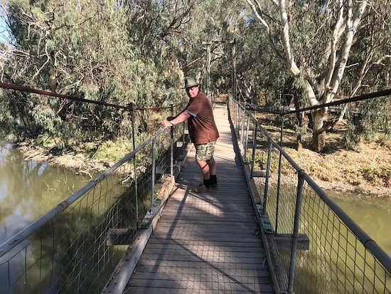Lachlan River Swing Bridge
