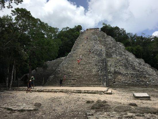 Ruinas de Coba: Pirámide