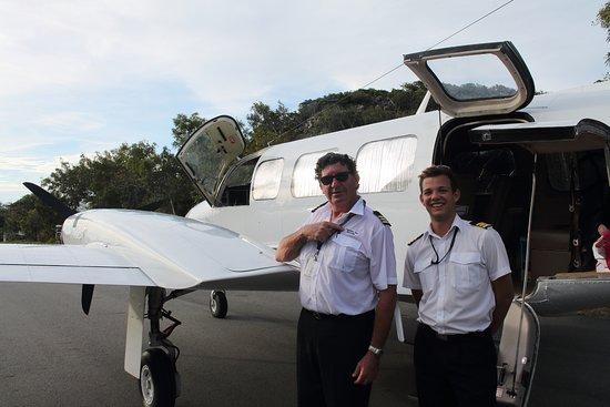 Excursión de un día a Lizard Island en avión desde Cairns: Greg and Josh - our intrepid pilots and tour guides
